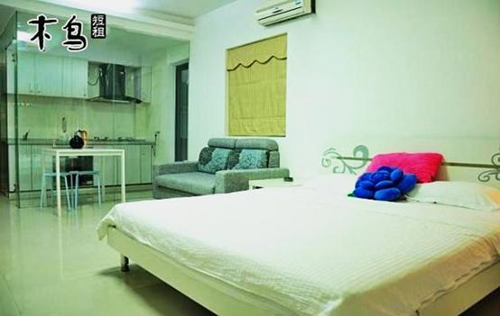 背景墙 房间 家居 起居室 设计 卧室 卧室装修 现代 装修 554_350