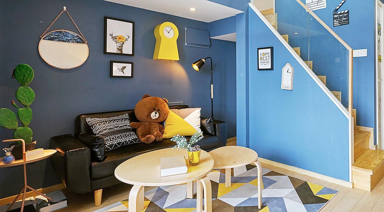 卓小花民宿-蓝色的摩登都市轻奢小世界三室