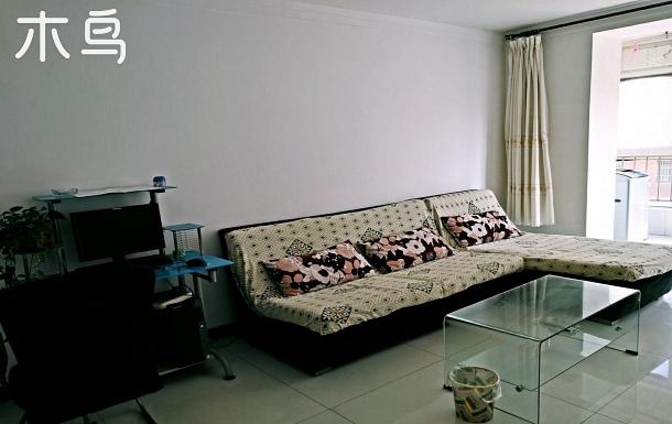 花苑公寓兩室兩廳低樓層可做飯經濟實惠停車出行方便