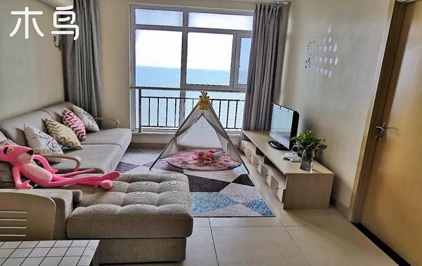 临海小院两居室海景房。