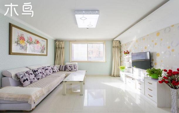 北戴河赤土山新村东海岸海英公寓三室10