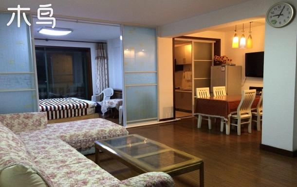 國際海水浴場 面海聽濤 三室一廳