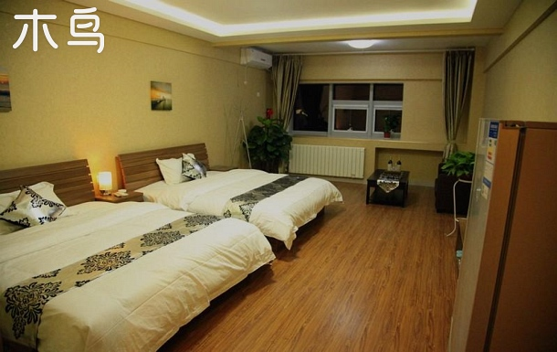 齊魯醫院、省中醫院一居室豪華家庭房