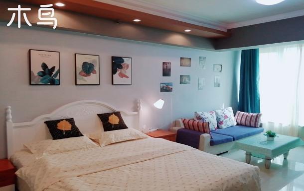 市中心人民路二七廣場地鐵口大上海城丹尼斯大衛城旁時尚現代風大床房