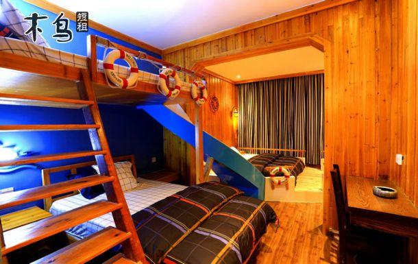 一室一厅吊脚楼钢结构图
