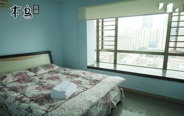 房间设施有数字有线电视,冰箱,洗衣机,煤气灶,抽油烟机,热水器,热水壶