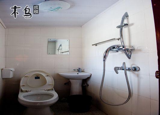 厨房和厕所紧挨着 如何装修