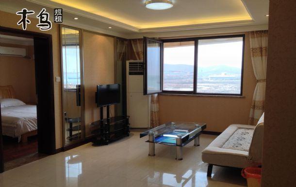 青岛金沙滩附近高档公寓两居