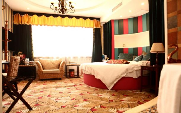 大明湖附近主题公寓大床房