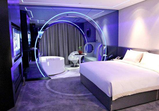 深圳摩登克斯酒店 科幻大床房