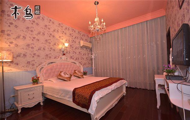 烏鎮望景主題驛棧:豪華歐式蜜月大床(1.8米豪華大床)