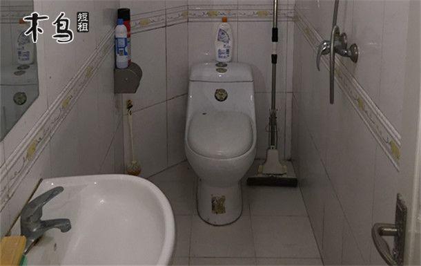 青岛香港中路周边邻近青岛大学两室一厅空调厨房4