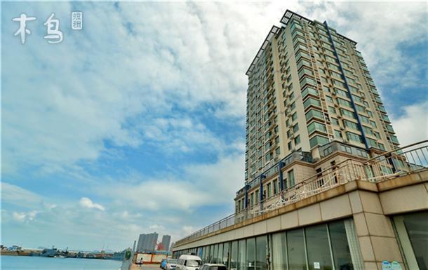 青岛火车站 栈桥旁蓝石全海景loft公寓