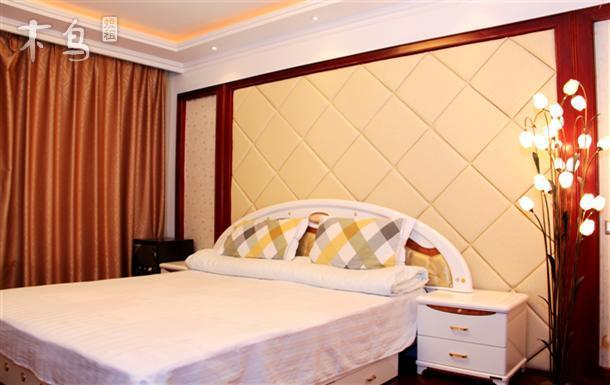 青岛悠乐居金沙滩景区高档公寓四居室