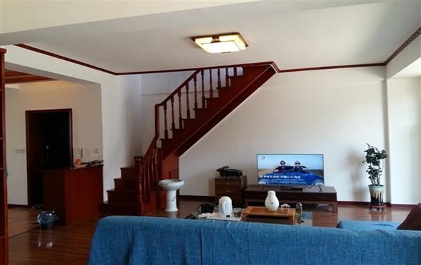 避暑胜地,自驾游的家园.跃层观海三居室