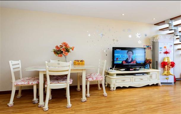 学姐家Hello Kitty主题文海国际复式公寓