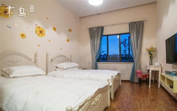 一室   整租   可住2人立即预订 畲乡山寨  花样年华标准间 一室   整