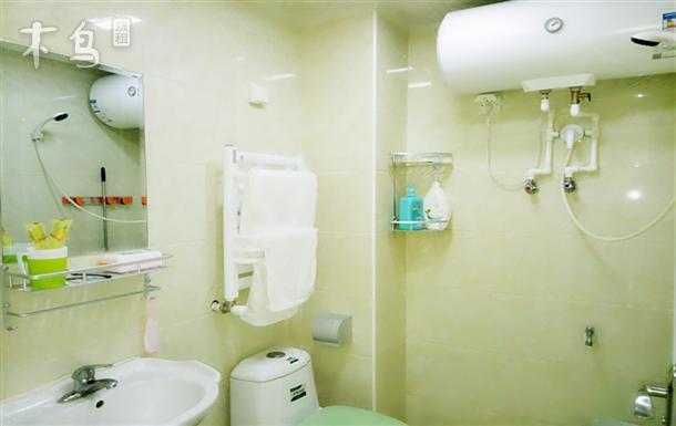 避暑山庄高层简欧全新品牌两室一厅 多套日租公寓图片