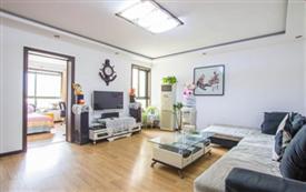 海韵四区靠海精装三室双卫公寓