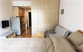 东原 日式简洁风格大床房