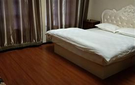 焰坤泰豪酒店式公寓豪华四...