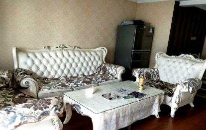 瘦西湖附近温馨家园两居室