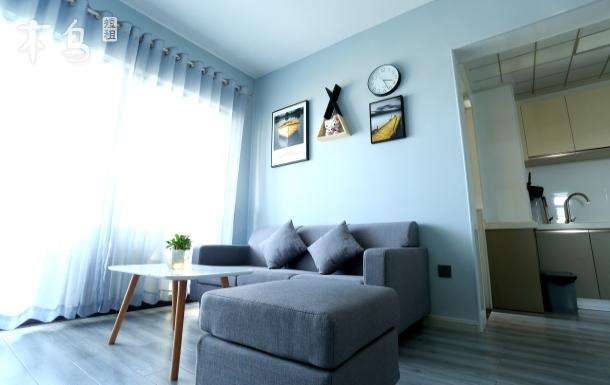 《丹舍》萬達對面近銀灘可做飯簡歐風小公寓兩居室