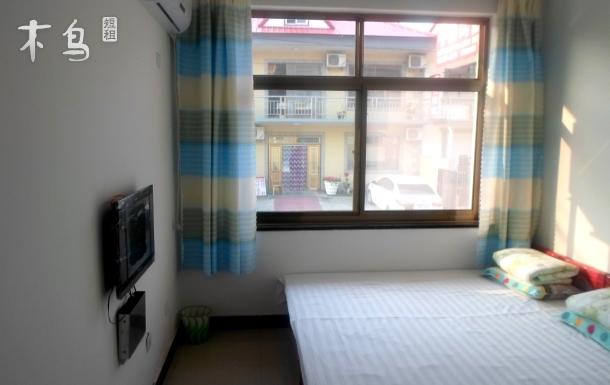 北戴河李雪民宿海邊附近 浪漫大床房