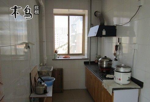 特色饭店 银滩管委东侧路西 福如东海大花瓶对面餐厅 周边主要景点 1.