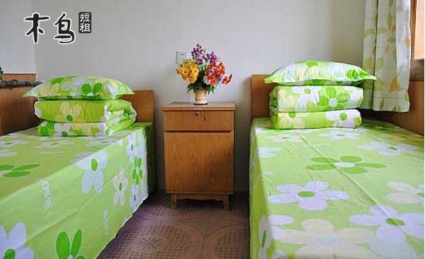 烟台南山学院家庭旅馆  ¥498/晚 蓬莱和平居自助公寓(双层小
