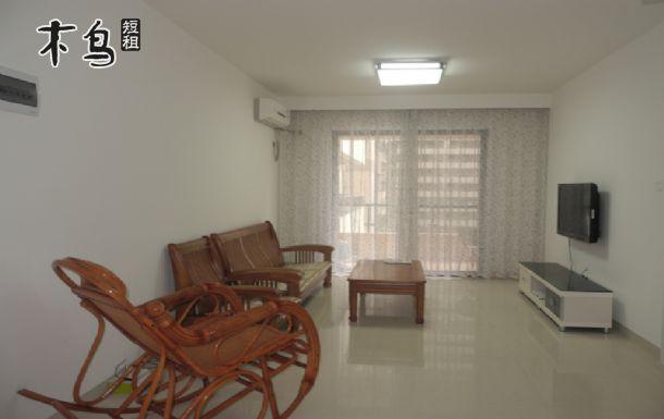 离海边100米精装舒适两室两厅海景房