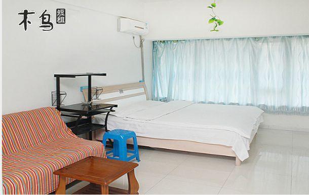 沈阳大学附近 他她公寓 白色大床房