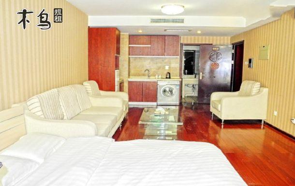 中关村苏州街地铁附近精装豪华双床房