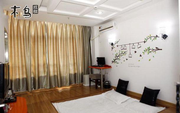 滨江高教园(垃圾街)甜蜜蜜凹型大床房