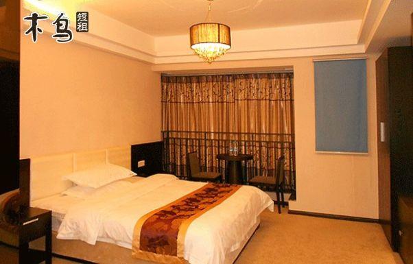 世纪城会展中心天府三街地铁1号线欧式大床房