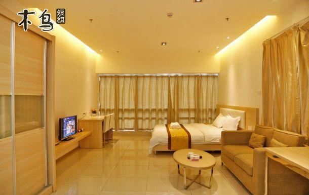 深圳华南城公寓 豪华单身公寓 大床房