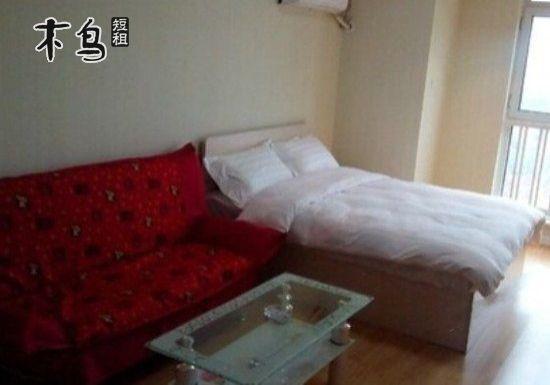 邻红博购物广场,哈尔滨西客站大床房