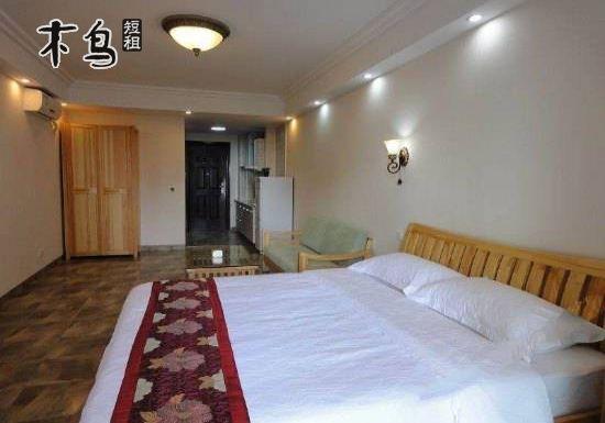 三亚湾路 美丽新海岸小区 浪漫海景大床房