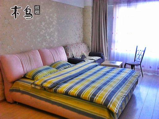 海韵广场公寓 家具家电齐全 交通方便一居室