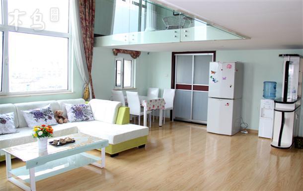 栈桥火车站浪漫风情复式两室一厅唯美全海景