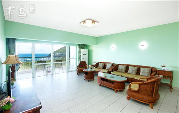 三亚三亚椰海时光  豪华尊享套房三房两厅二卫