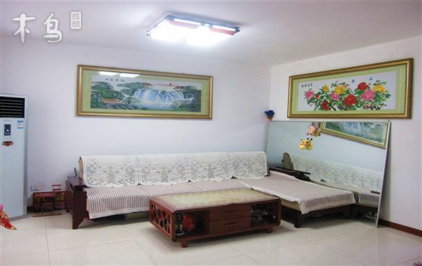 金沙滩南营小区经济型家庭公寓温馨三居室整租
