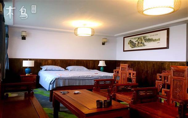 近崂山矿泉水温馨客栈  舒适大床房