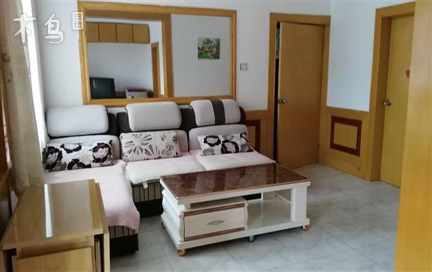 北戴河刘庄近海家庭公寓2室2厅大阳台晒衣服