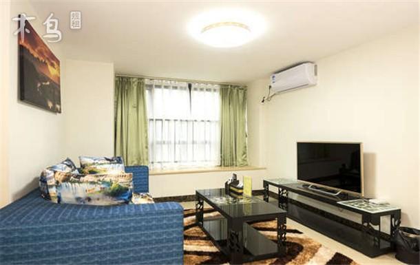 汉溪长隆地铁站旁 万达 复式舒适家庭景观房