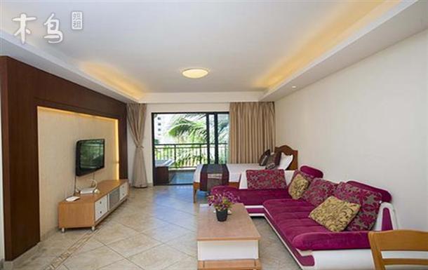三亚湾椰梦长廊,乐享温馨三室两厅套房