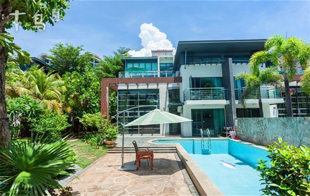 三亚湾阳光沙滩临海别墅五室两厅 有游泳池