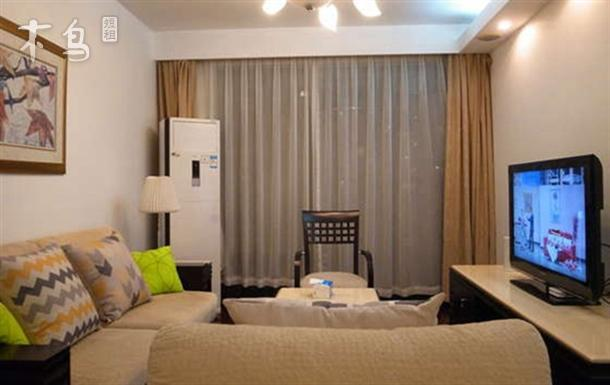 东方曼哈顿两室两卫新中式套房