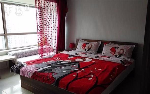 万达广场附近 精装大床房