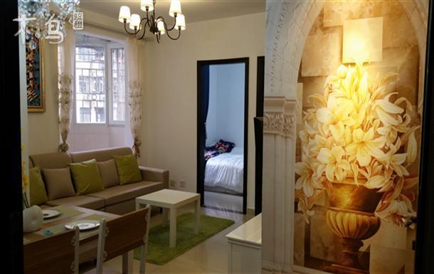罗湖口岸 火车站 国贸 优雅两室两厅 4人房